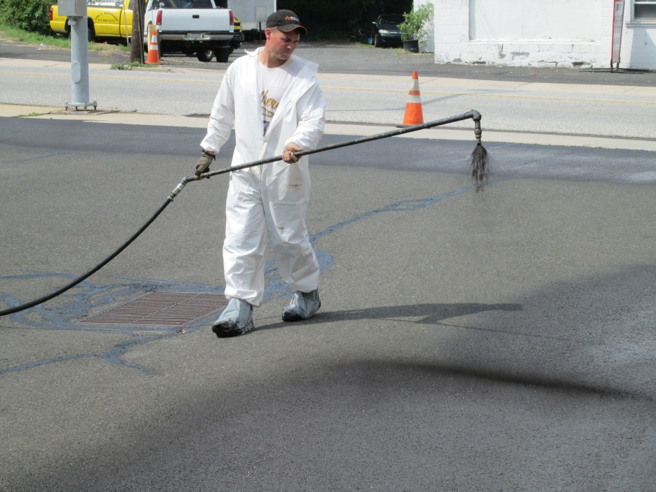 parking lot seal coating near Philadelphia